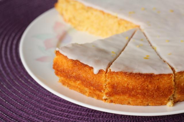 Torta od limuna sa kokosom i kukuruznim brašnom