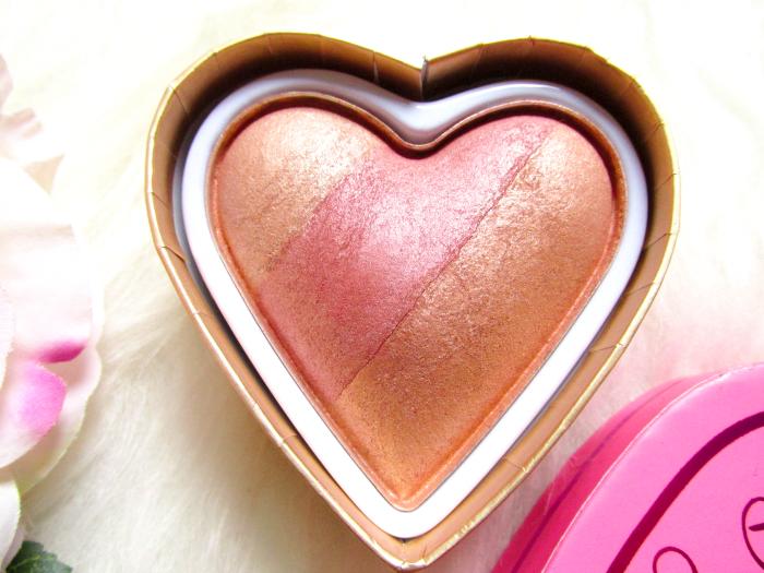 I Heart Makeup Blushing Hearts Triple Baked Blusher - Peachy Kean Heart - Makeup Revolution