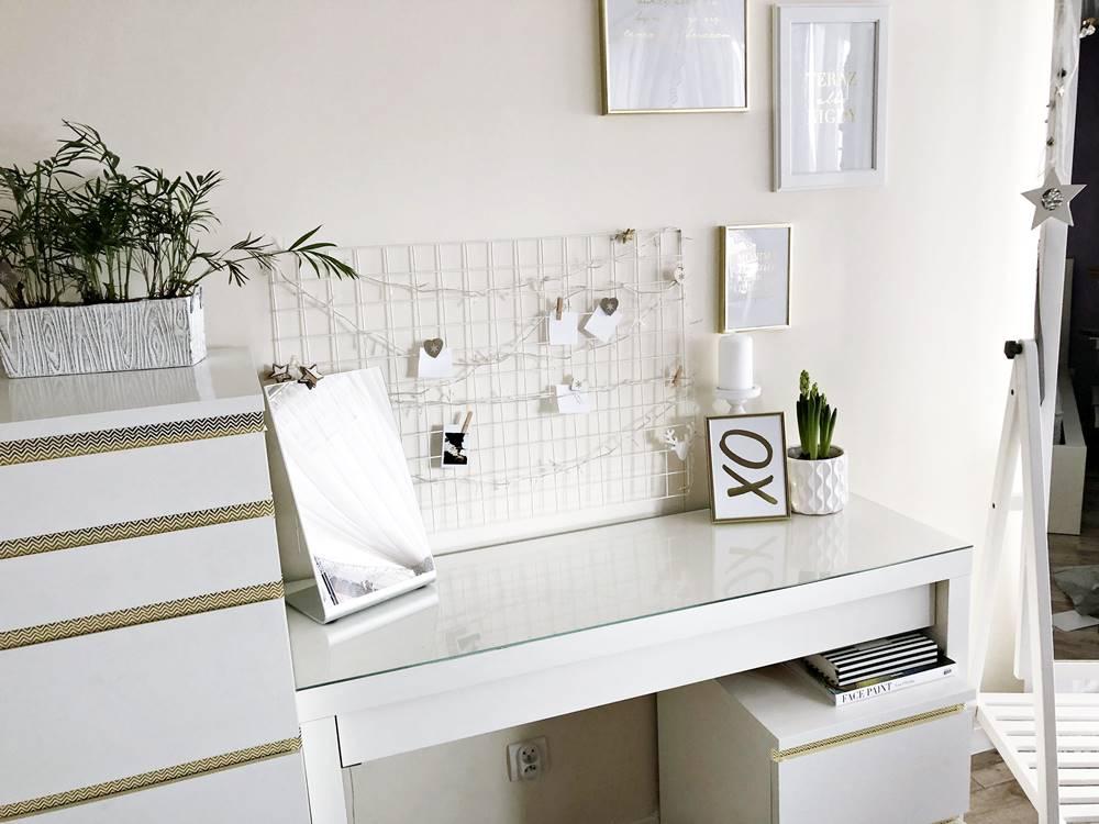 biała toaletka ikea
