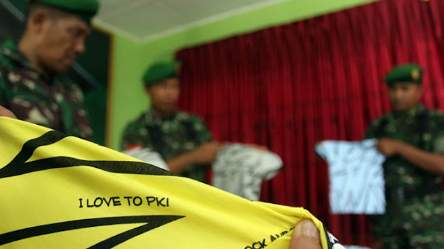 "BREAKING NEWS: TNI Sita Baju ""I Love PKI"" di Nagan Raya"