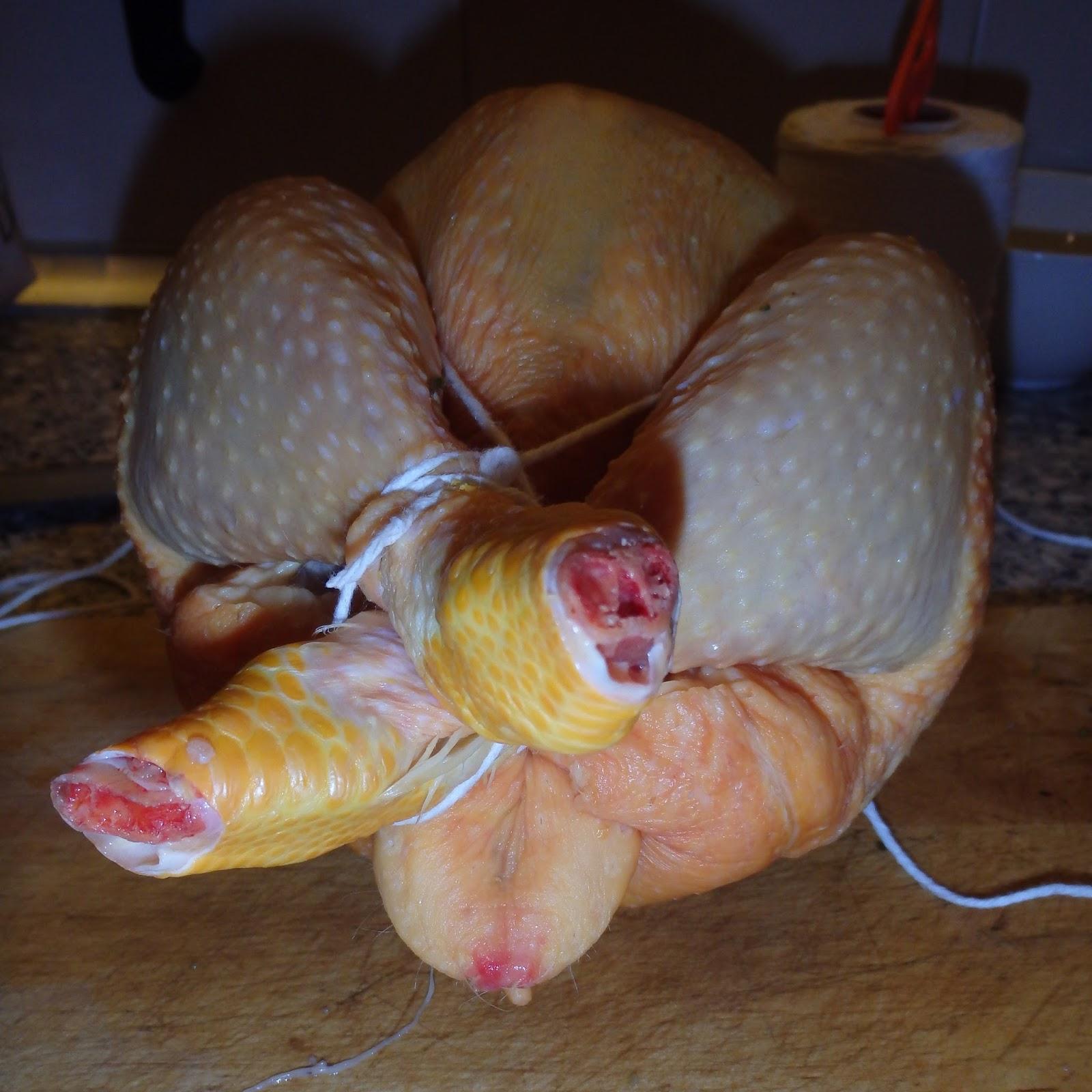 Les receptes que m'agraden: Como bridar un pollo para asar