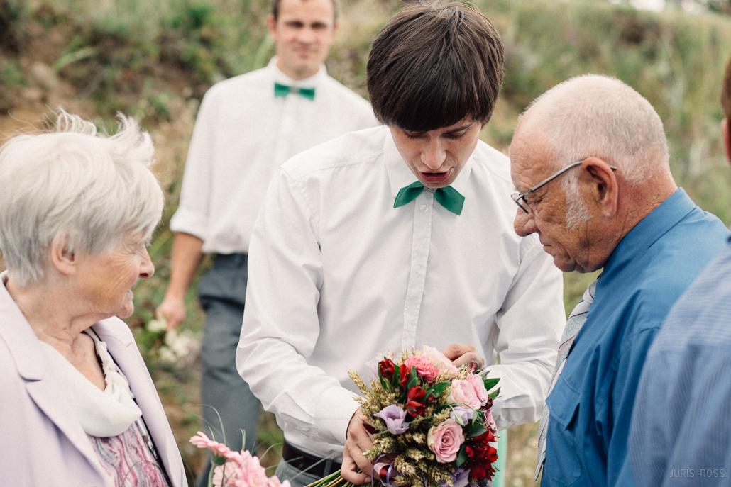 interesants kāzu pušķis