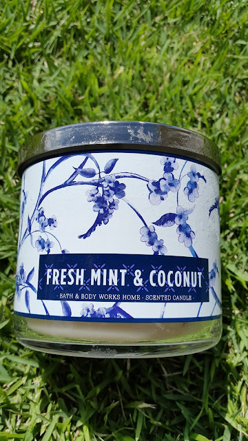 Bath and Body Works 'Fresh Mint & Coconut' 3 Wick Candle - www.modenmakeup.com