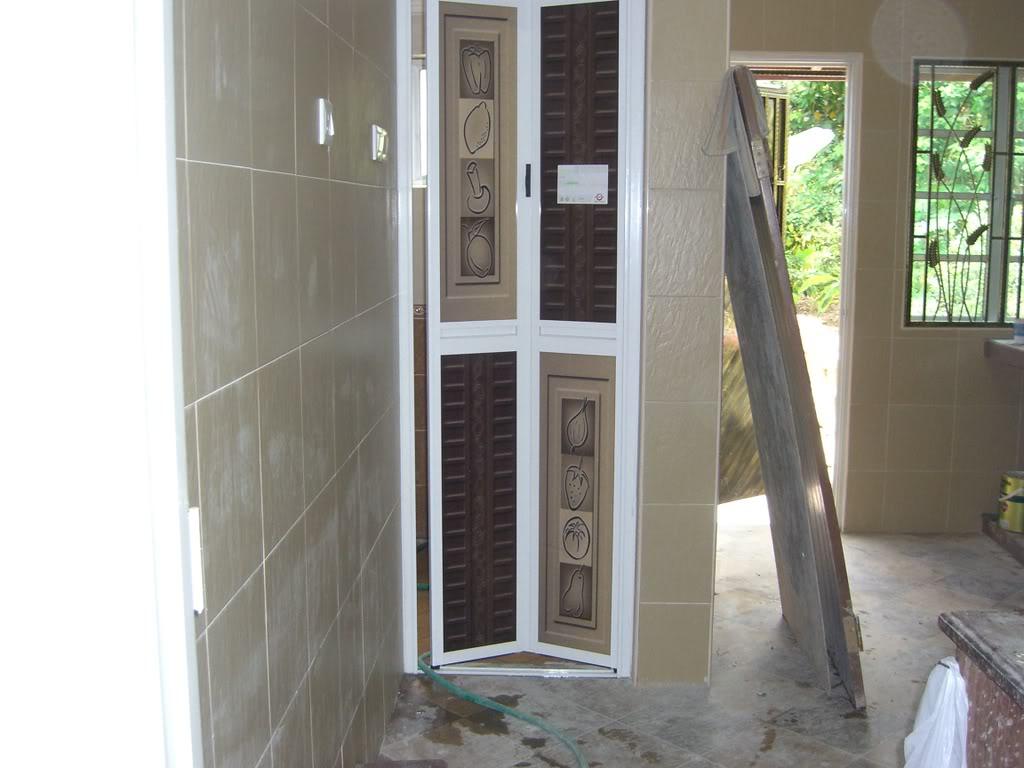Pintu Bilik Air