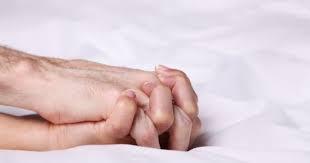 Pertanda Hubungan Suami Istri Mulai Anyep Tanpa Intim di ranjang