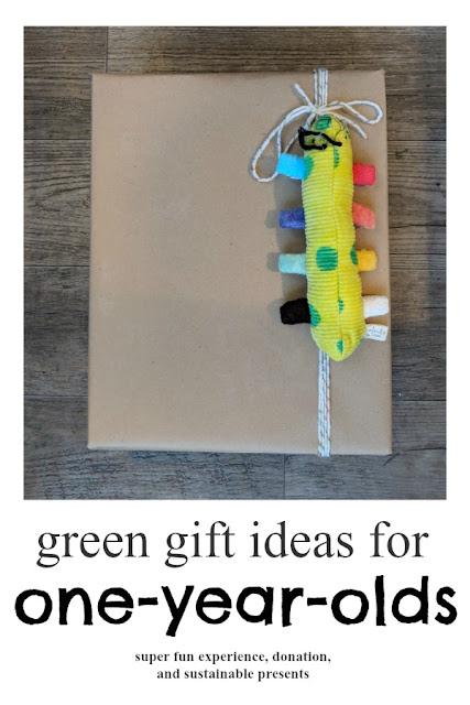 Fun, Eco-Friendly and Minimalist Gifts for your Favorite One-Year-Old