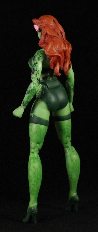 She's Fantastic: DC Bombshells - POISON IVY!