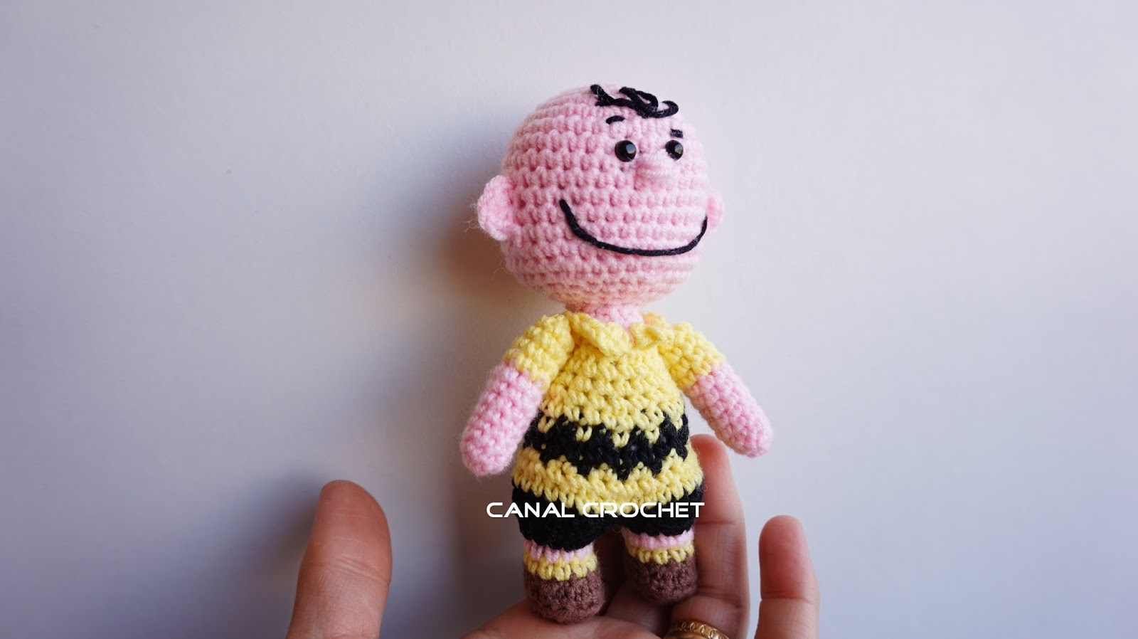 Amigurumi Patterns Snoopy : Canal crochet: charlie brown y woodstock amigurumi tutorial