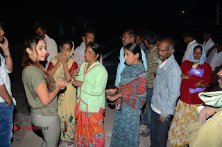 Actress Sri reddy (apthatrust director) Distrubuted Blankets for Orphans at Sai Baba Temple  0039.JPG