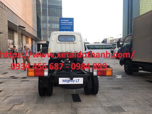 Chassi Hyundai N250 thùng bạt có độ cứng và đàn hồi cao