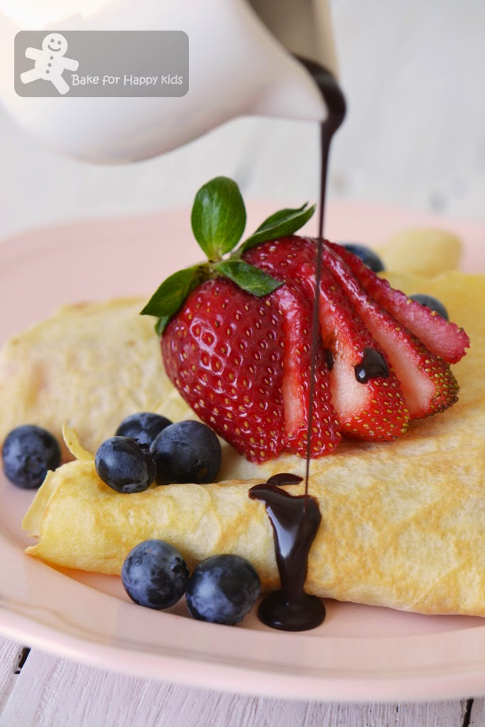 Bobby Flay French crepes zero calories chocolate sauce