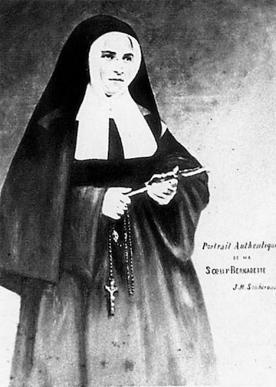 Santa Bernadette religiosa em Nevers. [N.R.: nome de religião irmã Marie-Bernard]