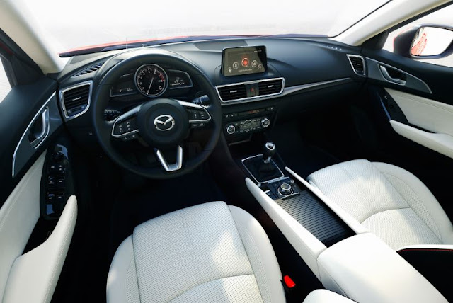 2017 Mazda 3 2.5L Manual Hatchback Interior