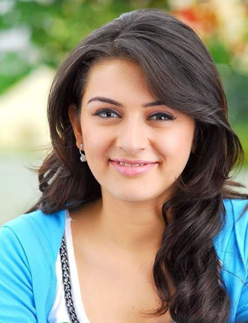 Hansika Auto Biography Family Photos