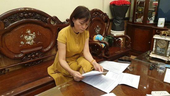 Bà Nguyễn Thị Băng trong buổi làm việc với PV