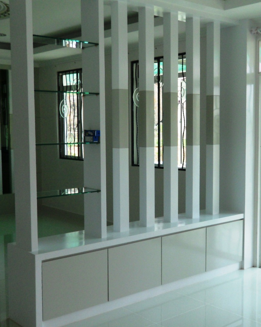 Partition Design For Living Room And Dining Hall Remadecons Kitchen Cabinet Partition With Wooden Screening