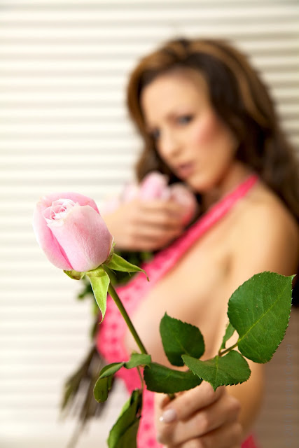 Jordan-Carver-Valentine-sexy-photo-shoot-HD-image-7