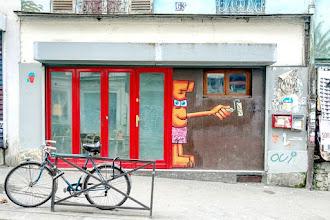 Sunday Street Art : Violent Rabbit - rue Piat - Paris 20