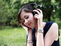 Belajar Menjadi Pendengar Yang Baik Untuk Pasangan