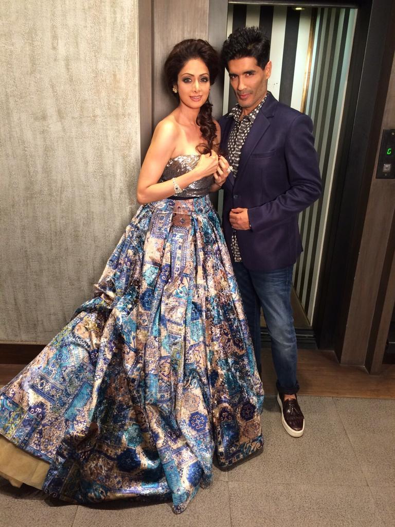 sridevi manish malhotra death bridal designer wear tbt reacts agree completely him tweet read moumita designers alia weavers deepika advice