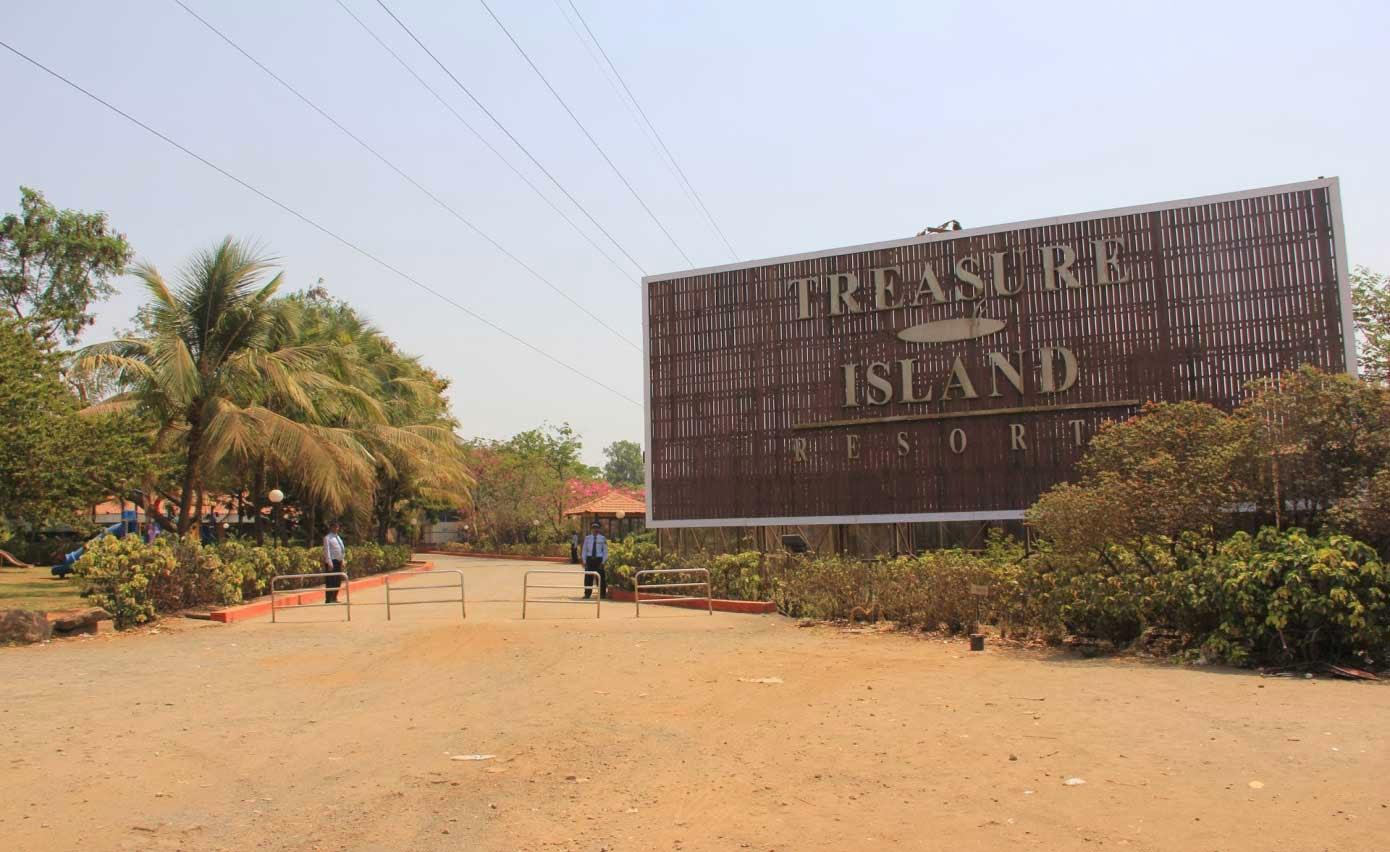 Treasure Island Beach Report