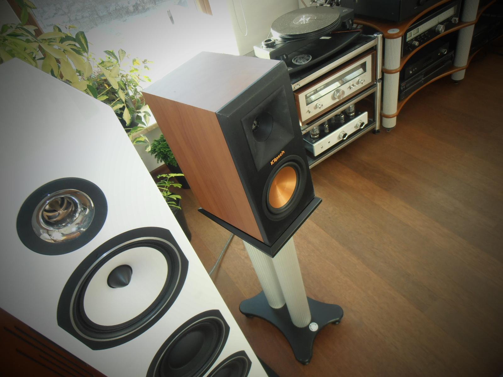 Stereo i Kolorowo - Underground: Kolumny podstawkowe Klipsch