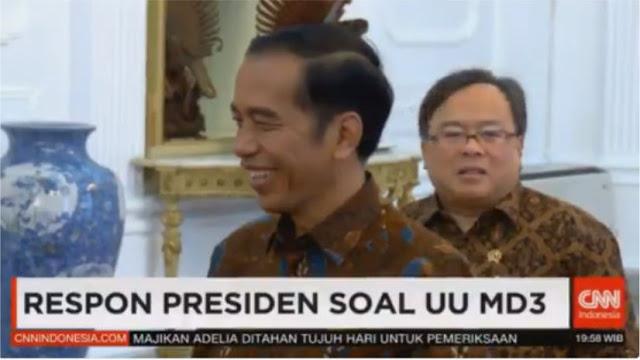 Ngacir Saat Ditanya Soal UU MD3, Sikap Jokowi Bikin Kesal Warganet