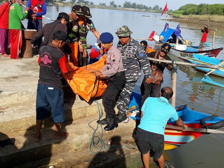 Diduga Terkena Serangan Jantung, Nelayan Asal Cilacap Meninggal di Perairan Kebumen