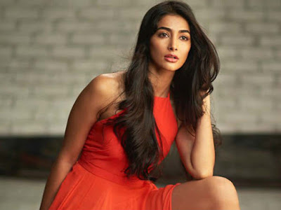 Pooja-Hegde-Ignores-Her-Debut-Movie-Andhra-Talkies