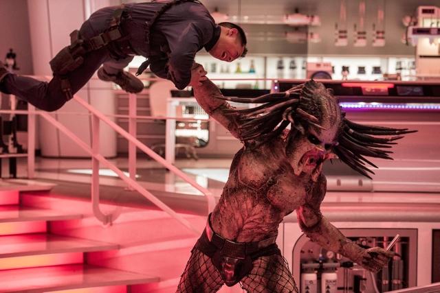 """""""The Predator"""" lidera las taquillas de Estados Unidos"""