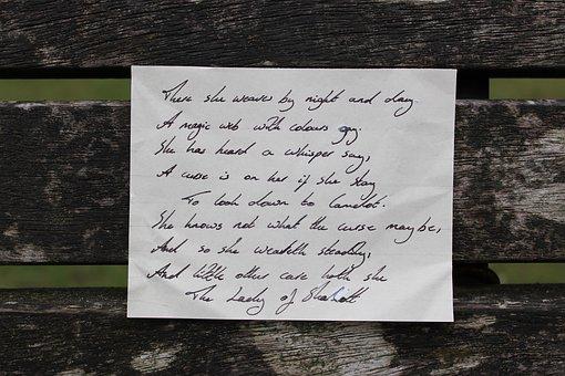 20 Contoh Puisi Pendek Terbaik Penuh Makna