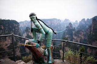 Berwisata di Taman Nasional Zhangjiajie