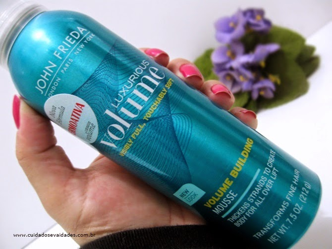 Mousse John Frieda Luxurious Volume