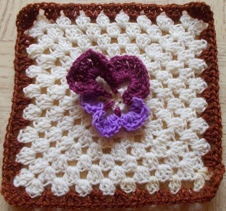 Sweet Nothings Crochet: REALLY CUTE ANIMAL GRANNY SQUARES