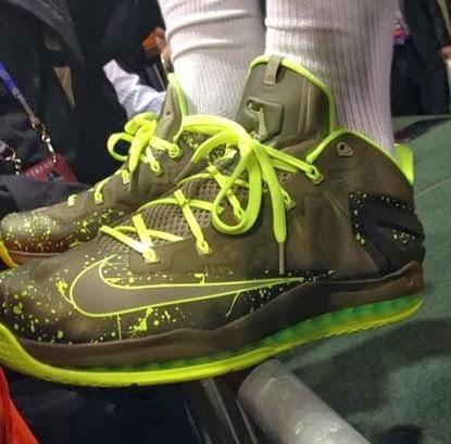 21d2fe9bd4878 Lebron Wearing Nike Lebron 11 Low Dunkman Sneakers