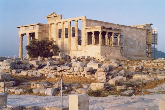Arquitetura e história do Templo Erecteion, Atenas