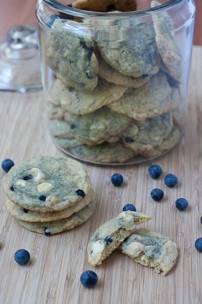blueberry white chocolate cookies Recipe