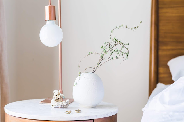 Bedroom, copper and white theme