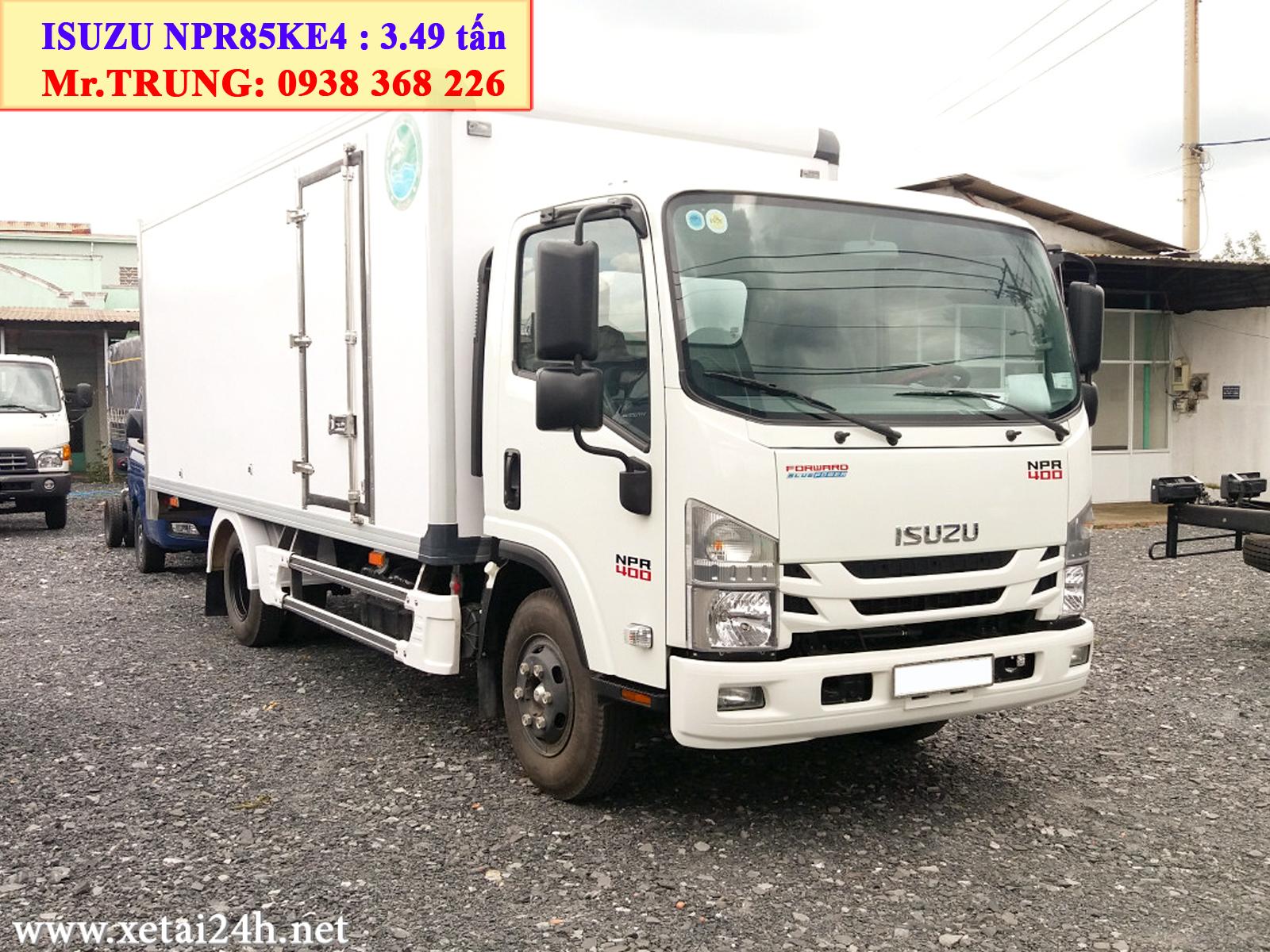 xe tải Isuzu NPR85KE4 thùng kín 5m2, tải trọng 3t5