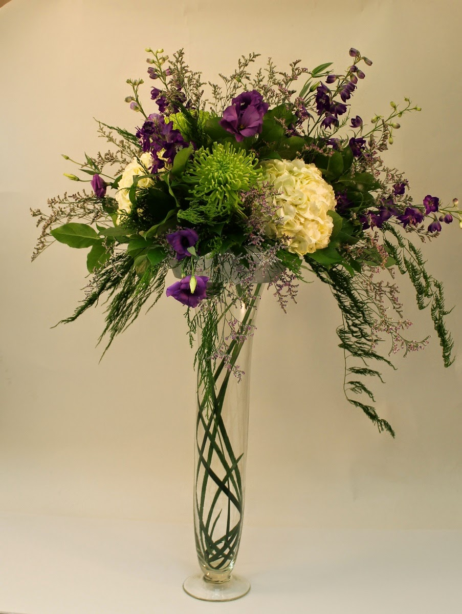 Cascading Flower Arrangements Http Refreshrose Blogspot Com