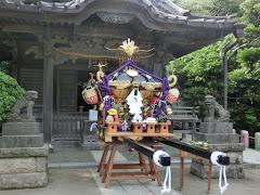 小動神社の神輿