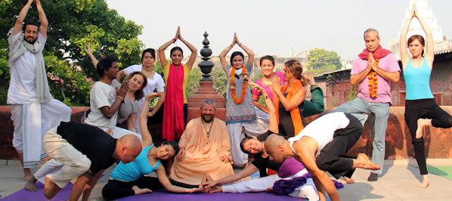 """""""El sistema de Yoga Inbound es un ejercicio dinámico y progresivo hacia lo profundo del ser,  una exploración y un descubrimiento constante de uno mismo  y de todo lo que nos rodea"""""""