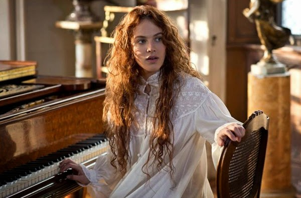"Jessica Brown Findlay en ""Cuento de Invierno"""