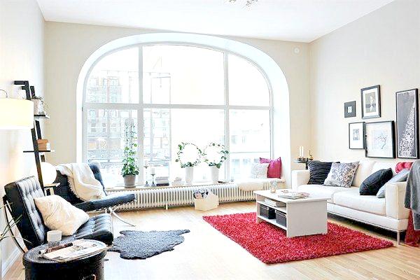 okno łukowe w mieszkaniu