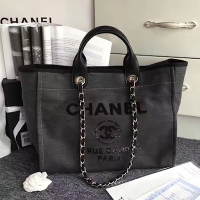6092b73dd916 Chanel Canvas and Sequins Cubano Trip Deauville Shopping Bag A66941 ...