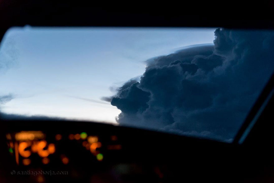 Pilot Took Stunning Shot From His Cockpit That Blew Our Minds