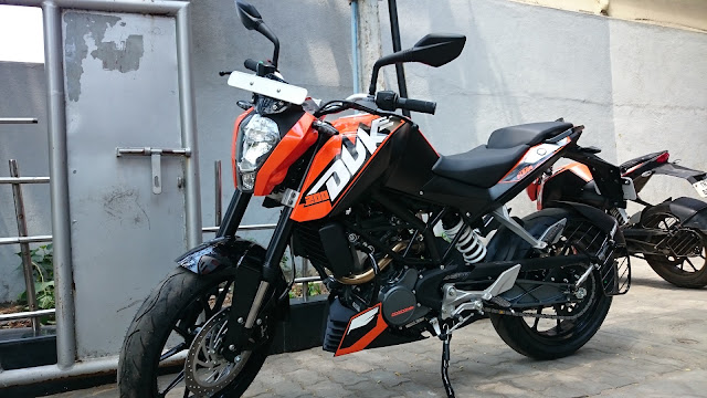 KTM 200 Duke hd picture