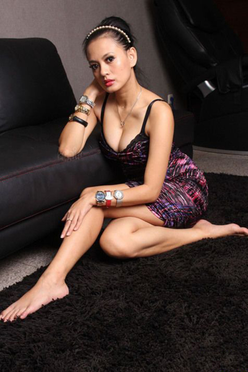 Yeyen Lidya cantik dan manis