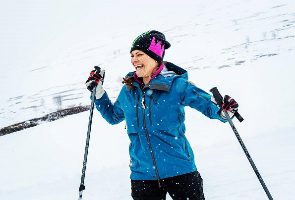 Crown Princess Victoria did her seventh hiking in the landscape of Sweden this time in Lappland. The hiking took place in Tärnaby and Hemavan