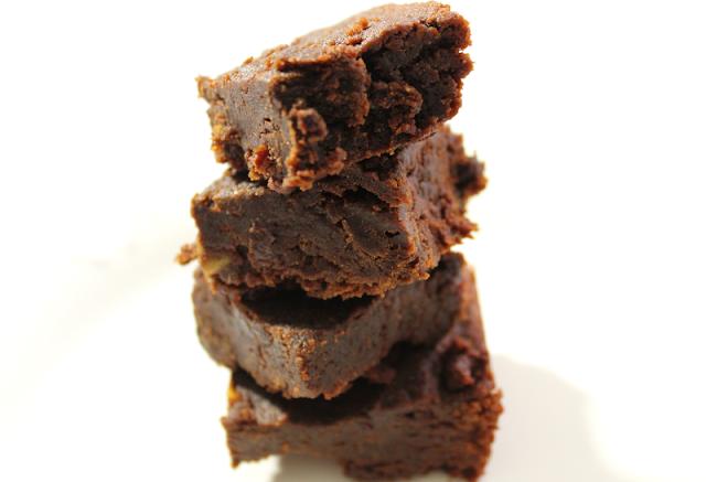 Vegan Fudgy Tahini Brownies